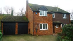 Property for Auction in Beds & Bucks - 9 Brickhill Manor Court, Little Brickhill, Milton Keynes, Buckinghamshire