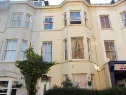 Property for Auction in Hull & East Yorkshire - Second Floor Flat, 7 Alga Terrace, Scarborough, North Yorkshire