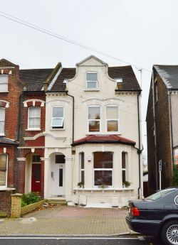 Property for Auction in Greater London - 28C Ellison Road, Streatham, London