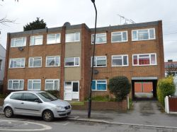 Property for Auction in Greater London - Flat 5, 15 Thorpe Hall Road, Walthamstow, London