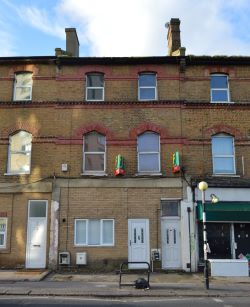 Property for Auction in Greater London - 55D Penge Road, South Norwood, London