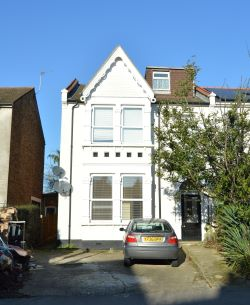 Property for Auction in Greater London - 16A Sutherland Avenue, Ealing, London