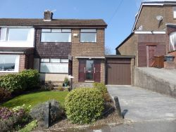 Property for Auction in Manchester - 51 Oakfield Road, Glossop, Derbyshire
