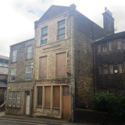 Property for Auction in Manchester - 14 Rochdale Road, BACUP, Lancashire