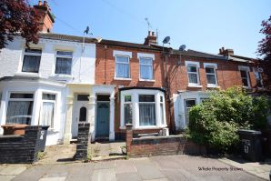 Property for Auction in Northamptonshire - Garden Flat 82 Bostock Avenue, Abington, Northampton, Northamptonshire, NN1 4LN