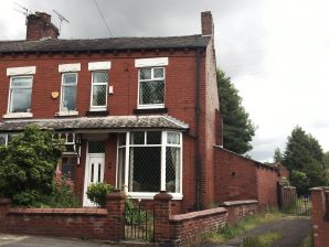 Property for Auction in Manchester - 2 Chadderton Park Road, Chadderton, Oldham, Lancashire, OL9 0PE