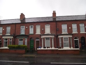 Property for Auction in Manchester - 405 Gorton Road, Reddish, STOCKPORT, Cheshire, SK5 6LR