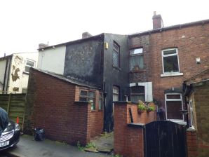 Property for Auction in Manchester - 18 Woodbank Terrace, Mossley, Lancashire, OL5 0SP