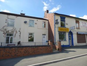 Property for Auction in Manchester - 249 Ripponden Road, Watersheddings, Oldham, Lancashire, OL1 4HR