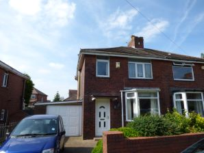 Property for Auction in Manchester - 59 Springfield Lane, Royton, Lancashire, OL2 6XW