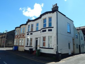 Property for Auction in East Anglia - Flats 1 & 2, 44 Devonshire Road, Great Yarmouth, Norfolk, NR30 3AL