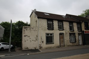 Property for Auction in South Wales - Flat 6, 247 - 248 East Road, Tylorstown, CF43 3HG