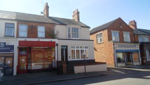 Property for Auction in Beds & Bucks - 44 Stratford Road, Wolverton, Milton Keynes, Buckinghamshire, MK12 5LW