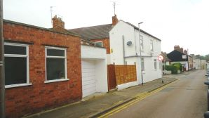 Property for Auction in Beds & Bucks - 32 Montague Street, Rushden, Northamptonshire, NN10 9TS