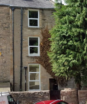 Property for Auction in London - 37b Burnley Road, Padiham, Burnley, Lancashire, BB12 8BY