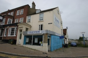 Property for Auction in Sussex - 4 High Street, Newhaven, East Sussex, BN9 9PE