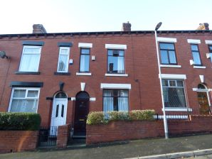 Property for Auction in Manchester - 47 Sharples Hall Street, Waterhead, Oldham, Lancashire, OL4 2QZ