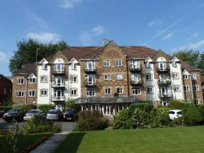 Property for Auction in Manchester - Apartment 46, Pegasus Court, Rochdale, Lancashire, OL11 4EA