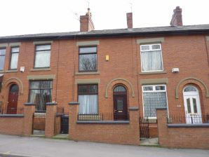 Property for Auction in Manchester - 553 Ashton Road, Hathershaw, Oldham, Lancashire, OL8 2NF