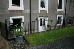 Property for Auction in Scotland - Dourie Bank House, Basement Flat, Newton Stewart, DG8 9JZ