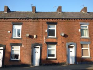 Property for Auction in Manchester - 379 Ripponden Road, Oldham, Lancashire, OL1 4JN