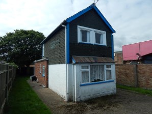Property for Auction in East Anglia - Upcot, 106 California Road, California, Great Yarmouth, Norfolk, NR29 3QW