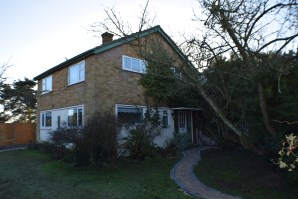 Property for Auction in Essex - 84 Holland Road, Little Clacton, Clacton-On-Sea, Essex, CO16 9RS