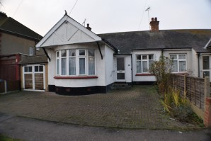 Property for Auction in Essex - 12 Homestead Way, Hadleigh, Essex, SS7 2AA
