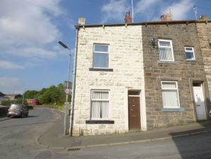 Property for Auction in Manchester - 1 Bold Street, Bacup, Lancashire, OL13 9QR