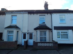 Property for Auction in East Anglia - 103 Stanley Street, Lowestoft, Suffolk, NR32 2DZ