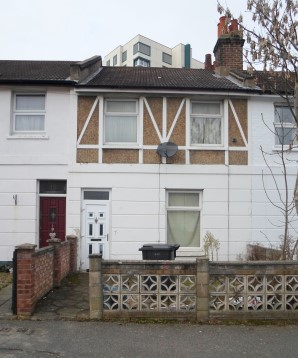 Property for Auction in London - 12 Kings Road, South Norwood, London, SE25 4ES