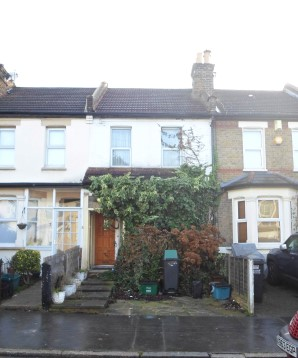 Property for Auction in London - 72 Moffat Road, Thornton Heath, Surrey, CR7 8PU