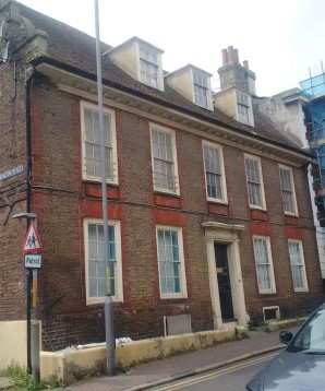 Property for Auction in London - Flat 9, 124 High Street, Ramsgate, Kent, CT11 9UA
