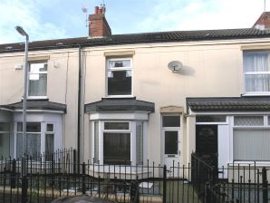 Property for Auction in Hull & East Yorkshire - 6 Ernests Avenue, Holland Street, Hull, East Yorkshire, HU9 2JP
