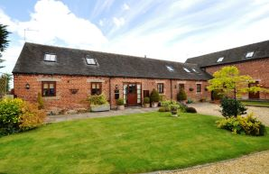 Property for Auction in Staffordshire - Yew Tree Barn, Upper Nobut Farm, Nobut Road, Stoke On Trent , ST10 4QH
