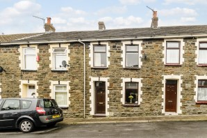 Property for Auction in South Wales - 11 Thomas Street, Ferndale, CF43 4DL