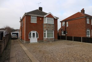 Property for Auction in East Anglia - 71 Holt Road, Hellesdon, Norwich, Norfolk, NR6 6UA