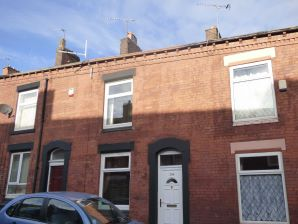 Property for Auction in Manchester - 206 Horsedge Street, Oldham, Lancashire, OL1 3DP
