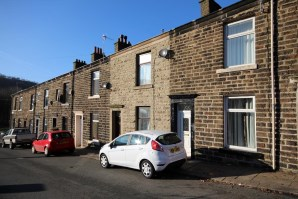 Property for Auction in North West - 12 Peel Street, Rawtenstall, ROSSENDALE, Lancashire, BB4 7LJ