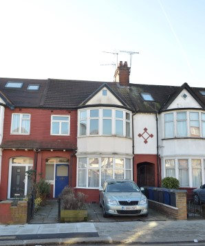 Property for Auction in London - 53A The Drive, Golders Green, London, NW11 9UJ