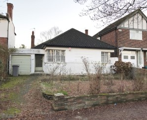 Property for Auction in London - 40 Ebrington Road, Harrow, Middlesex, HA3 0LT