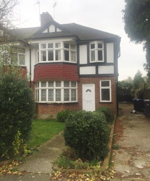 Property for Auction in London - 125 Vale Crescent, Kingston Vale, London, SW15 3PL