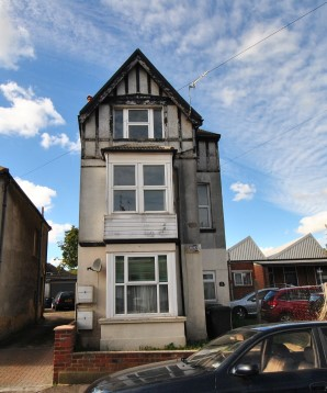 Property for Auction in London - Flat 2, 2 Chandler Road, Bexhill-on-Sea, East Sussex, TN39 3QN