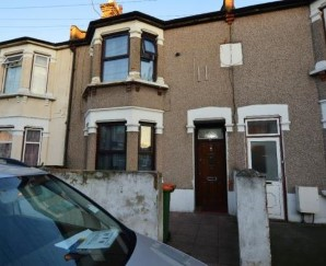 Property for Auction in London - 89 Shrewsbury Road, Forest Gate, London, E7 8AJ