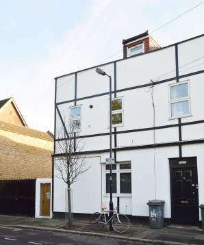 Property for Auction in London - Flat 14F Cemetery Road, Forest Gate, London, E7 9DG