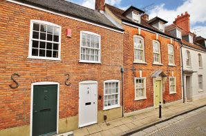 Property for Auction in Hampshire - 53 Canon Street, Winchester, Hampshire, SO23 9JW
