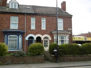Property for Auction in Lincolnshire - 2 Bridge Road, Gainsborough, Lincolnshire, DN21 1JU