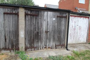 Property for Auction in Hertfordshire & West Essex - Garage 2, Rear of 172-176 South Street, Braintree, Essex, CM7 3QB