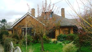 Property for Auction in Beds & Bucks - Kings Cottage, 11 Sand Road, Great Gransden , Cambridgeshire, SG19 3AQ