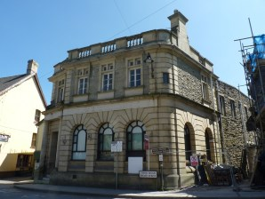 Property for Auction in North Wales - Market Square Bank, Market Square, Llanfair Caereinion, Powys, SY21 0RL